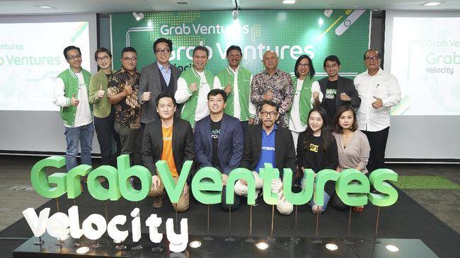 """Pesatnya perkembangan startup ditandai dengan banyaknya perusahaan-perusahaan rintisan baru yang bermunculan. Hal ini membuat peminatan untuk berkarir di bidang startup jadi idaman, terutama buat generasi muda. Kebanyakan, para pekerja startup dipenuhi oleh fresh graduate hingga anak kuliahan. Saat ini sudah banyak institusi pendidikan yang menawarkan program kuliah kelas karyawan di Jakarta sebagai pilihan yang fleksibel. Bidang startup begitu menggiurkan sebab banyak kabar kesuksesan yang tertera di media, seperti kisah dua startup jebolan Grab Venture berikut. startup ini berhasil membimbing 20 startup di Asia Tenggara untuk masuk ke ekonomi digital. Seperti apa? Simak kelanjutannya, yuk! Grab Ventures Velocity (GVV) Bakal Adakan Batch ke-4 Setelah sukses membantu perkembangan startup sejak 2018, Grab Ventures Velocity (GVV) batch ke-4 bakal dibuka pertengahan tahun 2021 ini. Sejak tiga tahun lalu, GVV telah meluncurkan tiga angkatan dan berhasil membimbing 20 startup di Asia Tenggara untuk masuk ke ekonomi digital, dan 15 diantaranya berasal dari Indonesia. Digitalisasi ini telah membuka pintu kesempatan baru bagi UMKM dan juga start up. Terutama di tahun 2020, di tengah hantaman pandemi, digitalisasi dan akselerasi teknologi telah menghantarkan bisnis untuk dapat bertahan. GVV Fokus Pada Perkembangan Startup dan Perekonomian Indonesia Grab memfokuskan diri dalam rangka membimbing startup melalui program GVV yang telah dijalankan sejak 2018 lalu. Mereka percaya bahwa dengan membimbing talenta lokal, juga dapat berkontribusi bagi perkembangan start up dan perekonomian Indonesia. Country Managing Director, Grab Indonesia, Neneng Goenadi menjelaskan, bahwa ekosistem startup di Asia Tenggara, khususnya Indonesia meningkat sangat pesat. Indonesia sendiri masuk lima besar dunia dengan pertumbuhan start up. Total ada 2.193 start up di Indonesia yang 'hidup' hingga hari ini. """"Start up semuanya punya potensi yang luar biasa. Kesempatannya banyak. Mereka benar-benar mengg"""